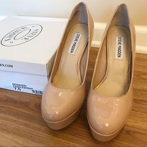 Steve Madden Nude Pump Heels, Size 7.5
